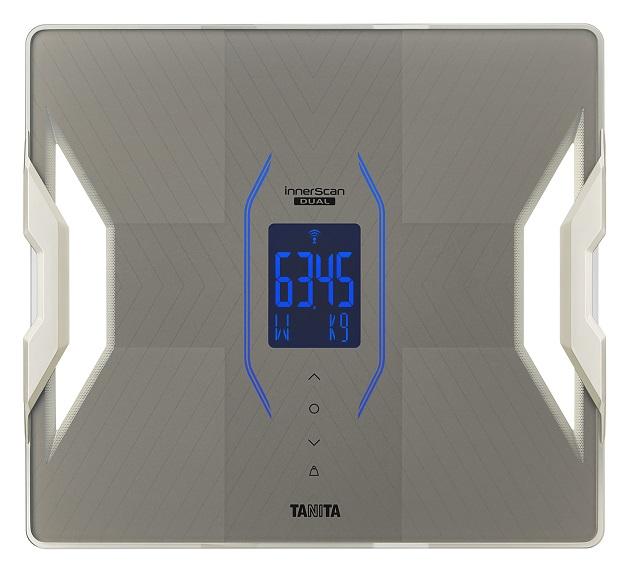 ▲RD-911の計測項目は、体重(最小表示50g)や体脂肪率といったRD-910の計測項目のほか基礎代謝量(同)や体内年齢、体水分率が加わり計11項目となる